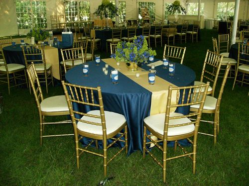 Chicago, 60064 Outdoor Table and Chair Rentals