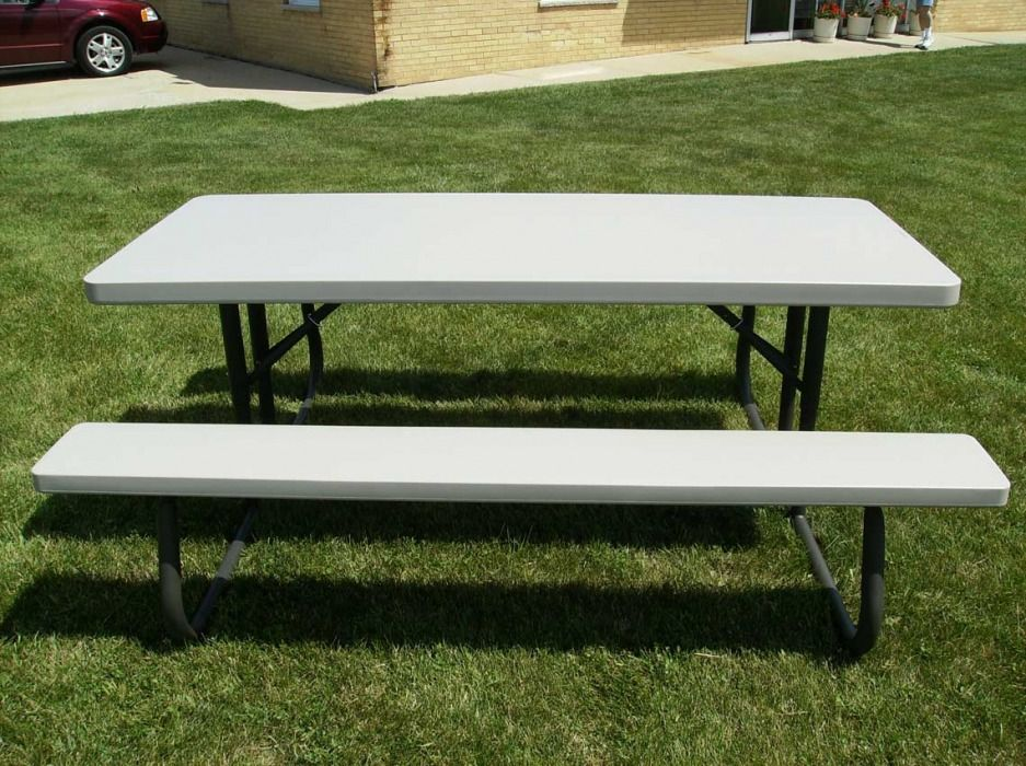 Arlington Heights, Illinois Picnic Table Rentals