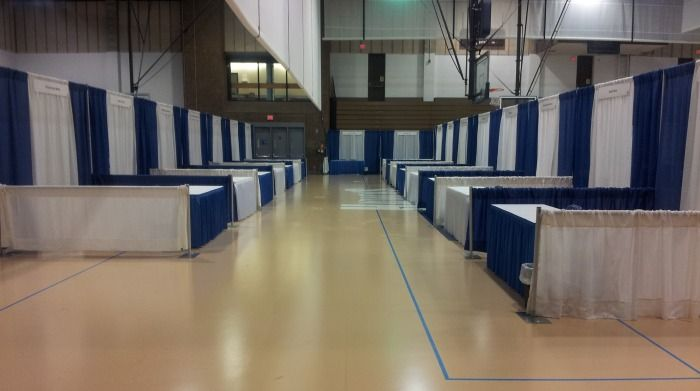 Pipe and Drape Booths in Gym Rent Pipe & Drape Exhibit Booths - Arlington Heights, 60006
